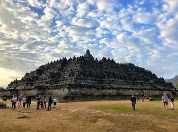 De Borobudur is een gigantisch bouwerk