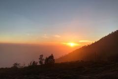 Zonsopkomst op de vulkaan Ijen