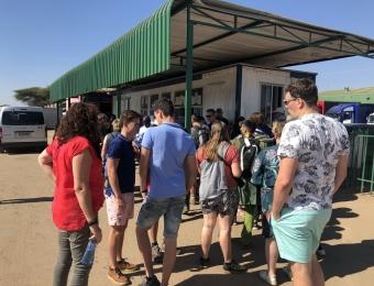 Lang-wachten-bij-de-grens-met-Zimbabwe