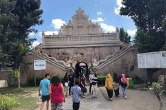 Ingang van Taman Sari, het waterpaleis in Yokyakarta