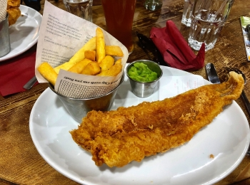 Fish-n-chips in the pub