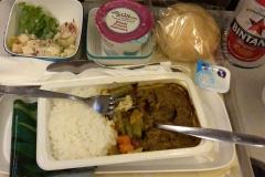 Beef Rendang aan boord van Garuda Indonesia