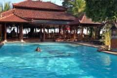 Zwembad in Lovina Beach Hotel