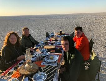 Makgadikgadi-Pans-National-Park-breakfast
