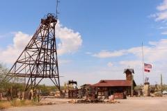 Goldfield Ghosttown aan het begin van the Apache Trail