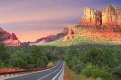 The Red Rocks van Sedona zien we vanaf de snelweg