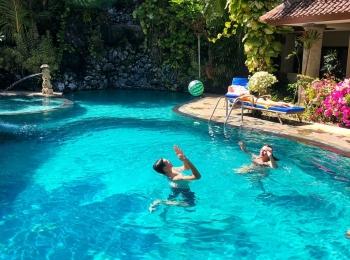 Zwembad van Parigata Resort & Spa
