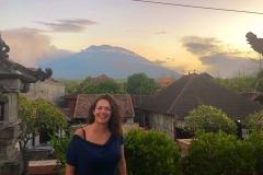 Gunung Agung bij zonsondergang