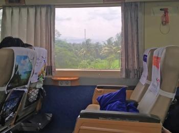 Comfortabel zitten in de trein op java