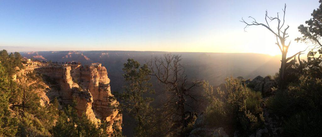 De eerste zonnestralen bij the Grand Canyon