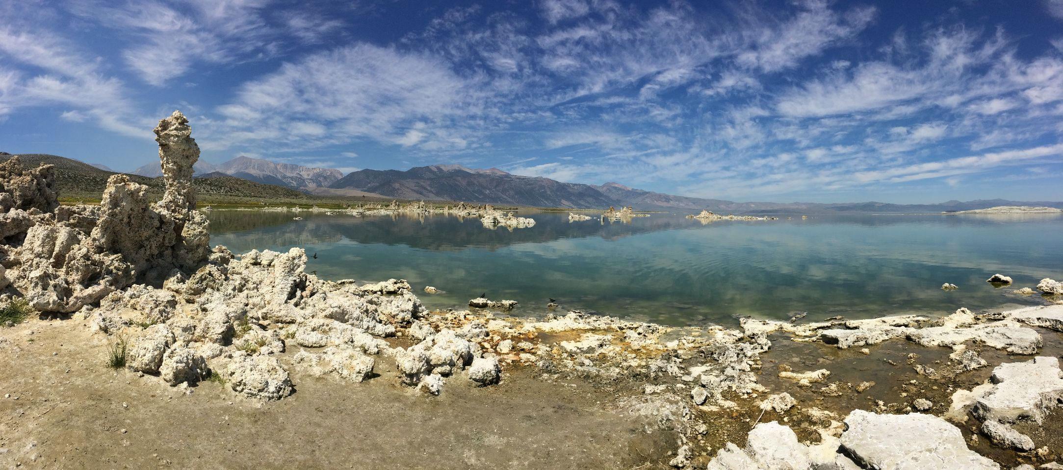 Het science fiction landschap van Mono Lake