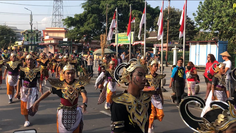 Festival Parade op Malioboro Street