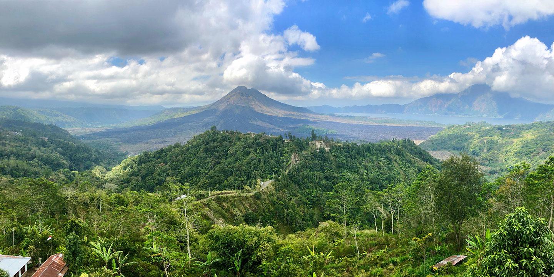 Lunch met uitzicht op de Gunung Batur