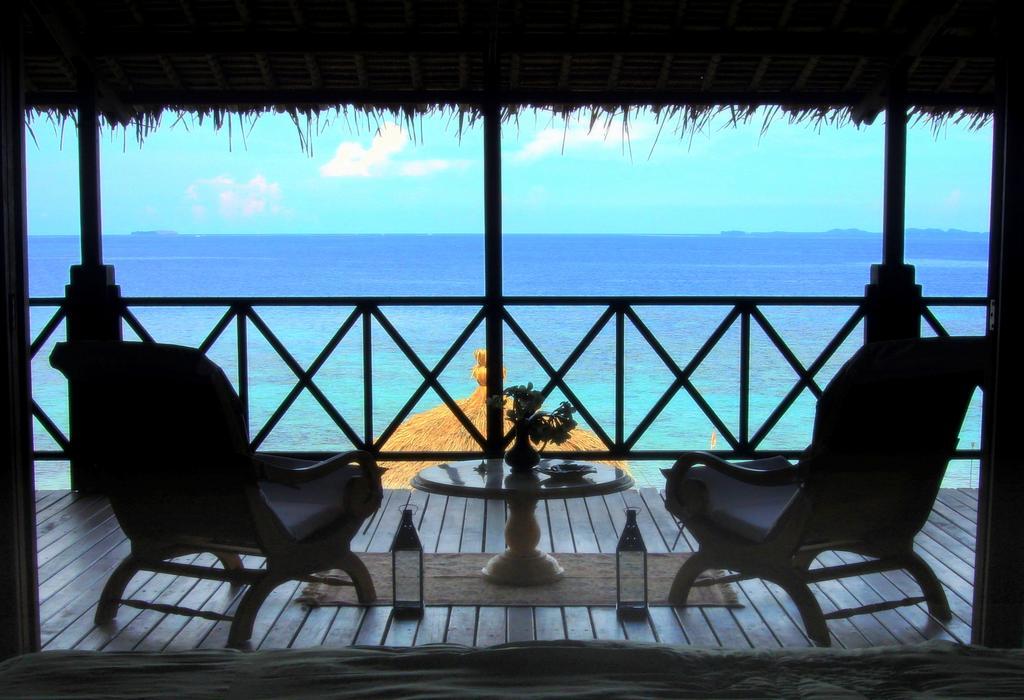 Een mooi uitzicht op zee vanaf ons terras