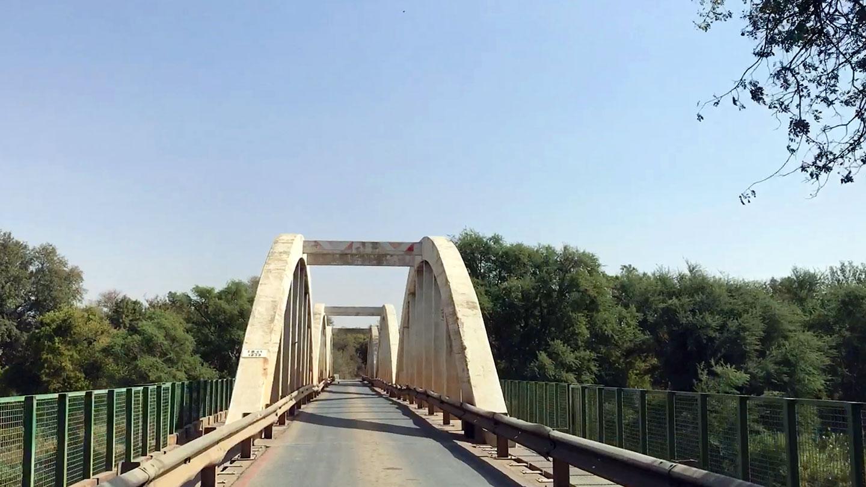 Groblersbrug grens Zuid Afrika - Botswana