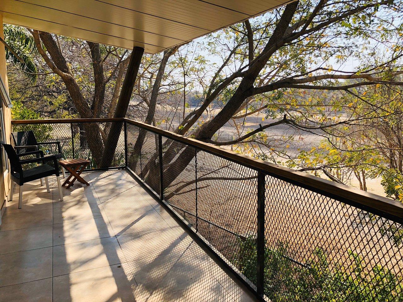 The Waterfront Maun balkon