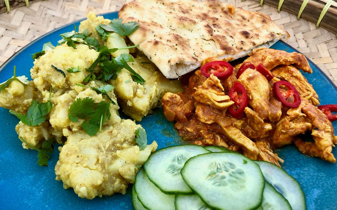 Indiase kip- en bloemkoolcurry