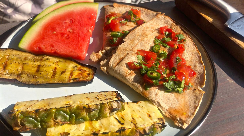 Vegetarische quesadillas van de BBQ