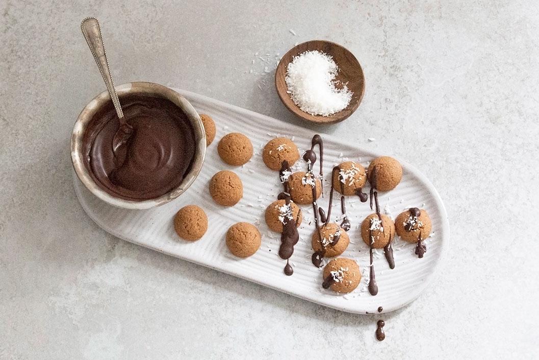 Kruidnoten met chocoladetoffee en kokos
