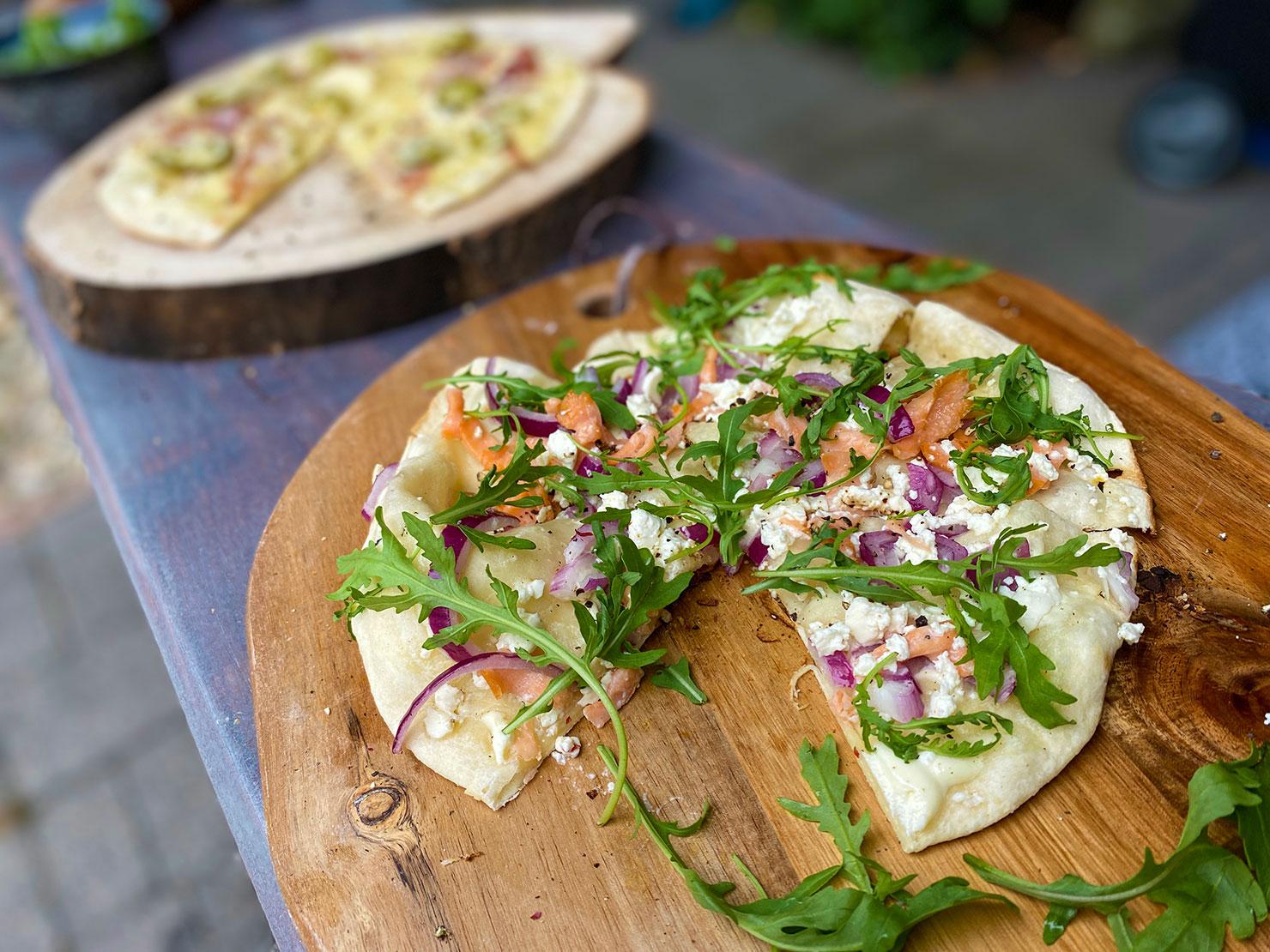 Flammkuchen de Duitse variant van de pizza